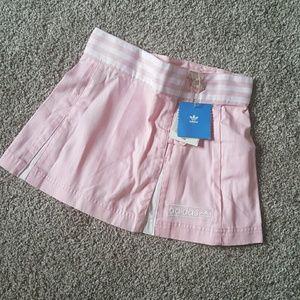 Adidas girl sport skirt size XS New